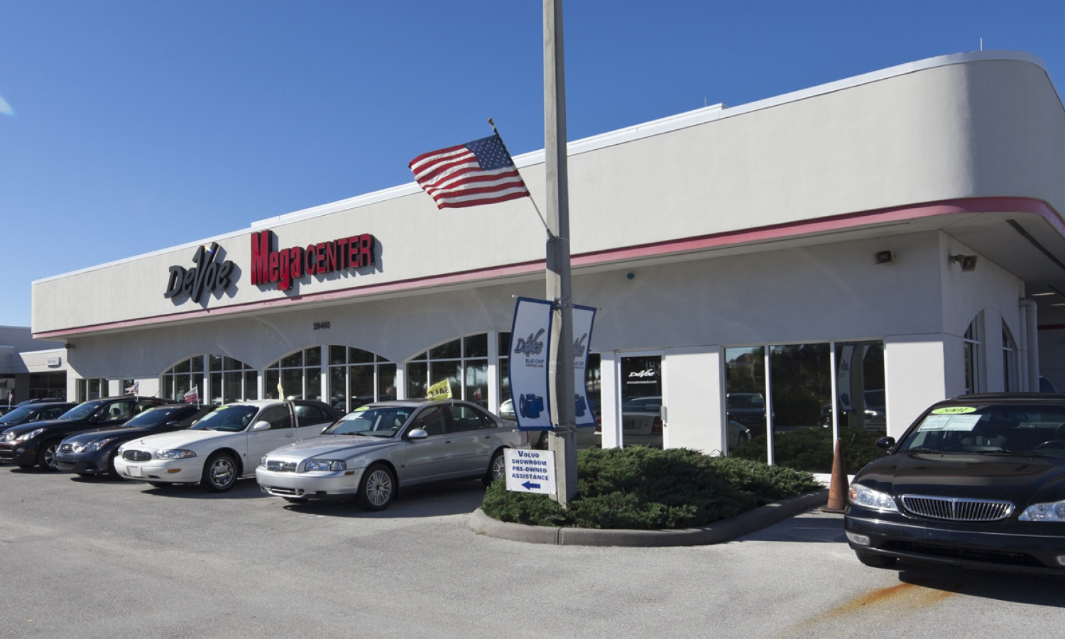 Devoe Pontiac / Buick / GMC / Volvo / Infinity  Dealership and Service Center