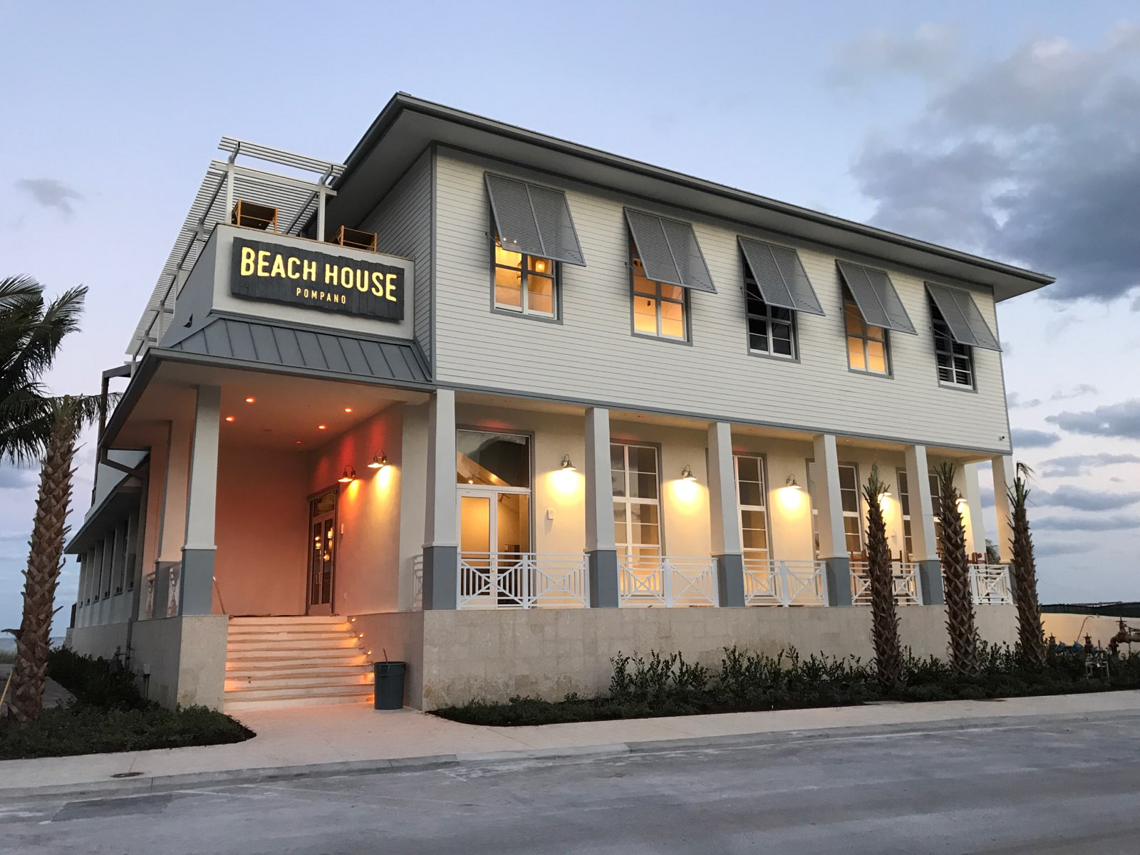 Pompano beach house restaurant gulf coast construction for Home restaurant